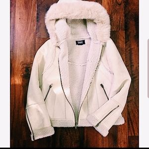 L.e.i. sherpa hooded coat